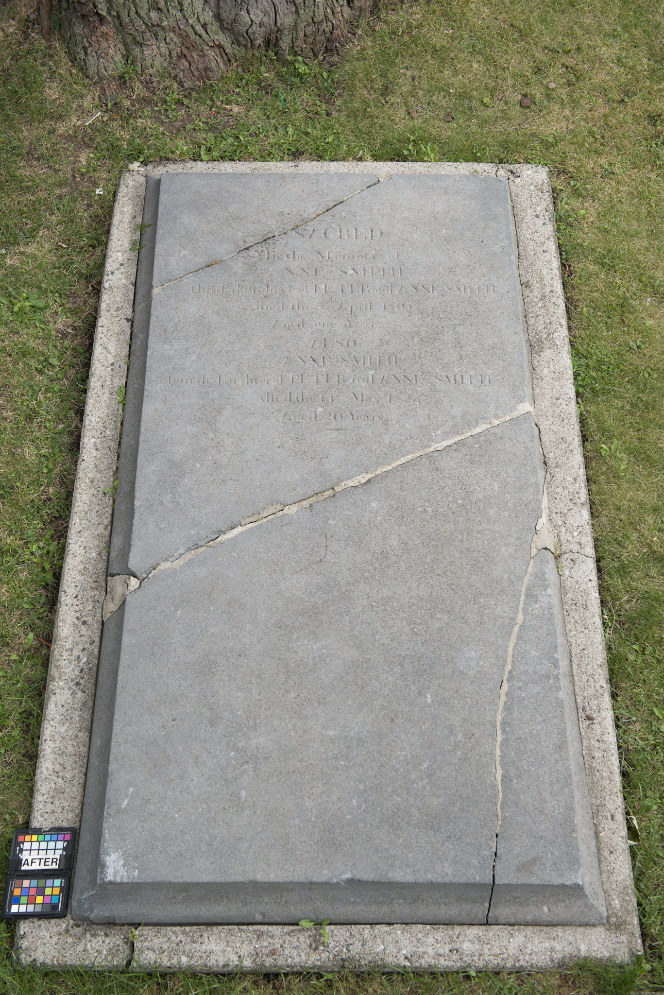 Marker for Anne Smith 1802-03 and her sister Ann(e) Smith 1805-1825 (Alex Gabov)